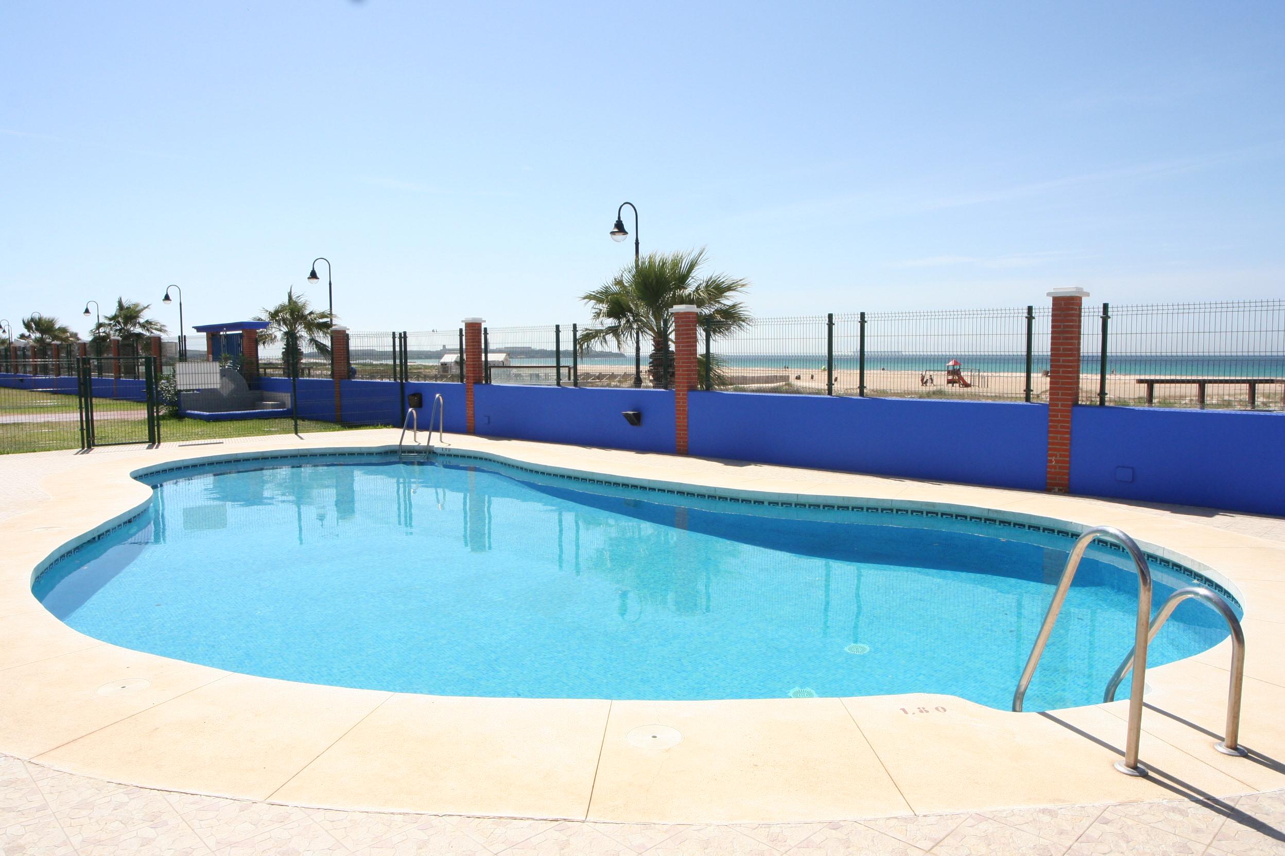 Holiday apartment in tarifa tarifa adventure - Swimming pool in spanish language ...